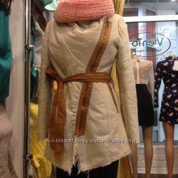Стильная курточка Деми