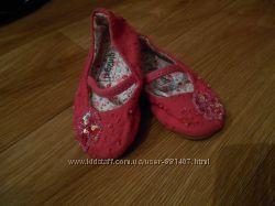 Красивые тапочки-туфельки на девочку