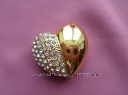 Флешка на 8 Гб. , сердце с кристаллами