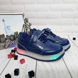 Бесплатная доставка Светящиеся кроссовки под бренд FILA