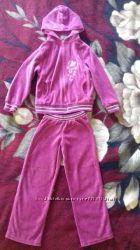 Спортивный костюм на девочку 5-6 лет 128 см. Велюр