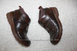 Ботинки фирмы Clarks 22, 24 и 26 размера