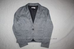 Трикотажный пиджак в школьном стиле фирмы H&M на 10-11 лет 146 см.