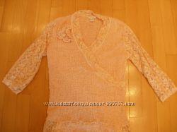 Нежный  свитерок с гипюром