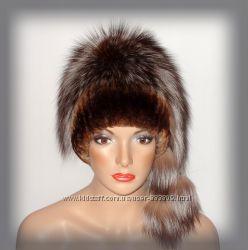 Меховая женская шапка из чернобурки комбинированная с ондатрой