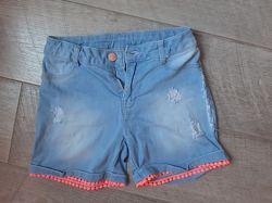 яркие джинсовые шорты для девочки