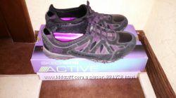 Продам женские кроссовки Skechers 36 размер, натуральная кожа, бу в отл. сост