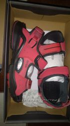 Продам босоножки Ecco biom красного цвета 37 размер