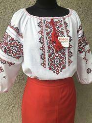 Вышиванка женская с ажурной красно-чёрной вышивкой