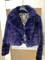 Шикарная шубка фиолетового цвета Yes London из орилага