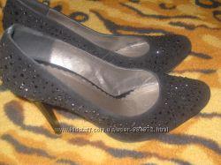 Красивые туфли, состояние новых
