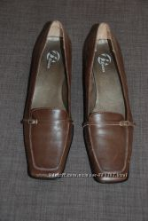 Туфли кожаные женские балетки размер 39-40