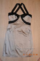 Новое нарядное платье WAREHOUSE