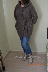 Шерстяное стильное пальто