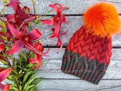 Вязаная шапка ручной работы Градиент