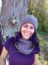 Вязаная шапка и шарф-снуд ручной работы из итальянского мериноса