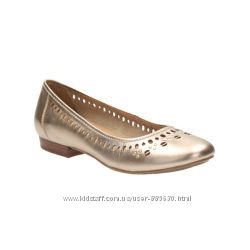 Новые кожаные балетки Clarks 40 размера Великобритания