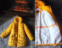 Продаем наши перламутровые куртки NEXT и парку с розовым мехом.