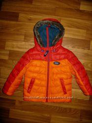 куртки, пальто, ветровки, жилетка  мальчику на 1-3 года