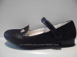 Удобные туфельки для девочек производства Венгрии.