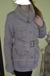 Демисезонная куртка на теплую зиму серая куртка