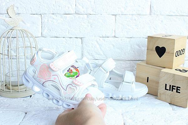 Легенькие сандалики-мигалки для девченок