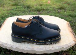 Кожаные туфли Dr. Martens оригинал Англия, размер 35