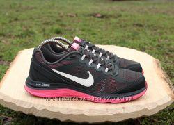 Спортивные кроссовки Nike оригинал, размер 40