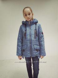 Демисезонная куртка для девочки р-р 34 40 44