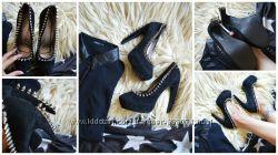 Шикарные туфли с шипами от Jeffrey Campbellоригинал р-р 39