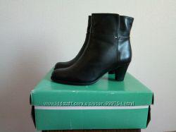 Новые кожаные ботинки 42 размера Clarks Великобритания