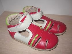 Летние туфли, туфельки для девочки Берегиня 2519 кожаные р. 20-25 босоножки