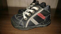 Демисезонные ботинки Ecco 21 размер, стелька 13. 5 см, в идеале