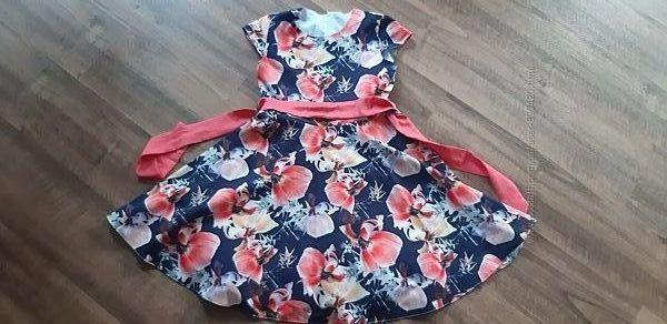 Красивое нарядное пышное платье на хлопковой подкладке