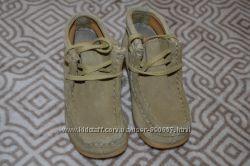замшевые деми сезонные ботинки Clarks 16. 3 см 25-26 размер Англия