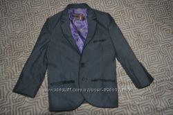 новый стильный пиджак мальчику Ted Baker рост 104 на 4 года