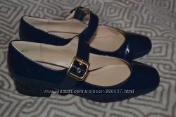 Новые женские туфли New Look 23. 5 см 37 размер Англия
