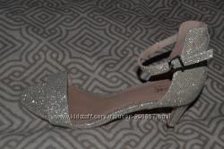 Новые туфли на каблуке Next Англия 25 см 38 размер