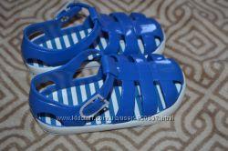 новые силиконовые сандалики босоножки Peacocks 15 см 23 размер