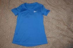 Термо футболка девочке Nike dri fit 10-11 лет рост 146-152 оригинал