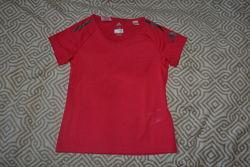 новая термо футболка Adidas оригинал 7-8 лет рост 122-128