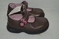 новые кожаные туфли девочке stride rite 15 см 23 размер сша