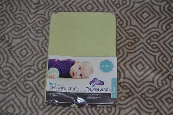 простынь на резинке в коляску кроватку Tencel Traumeland 40х90