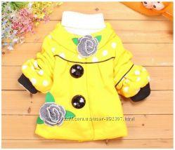 Красивое теплое весенне пальто для девочки отличного качества