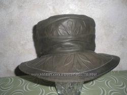 Кожаная шляпка для модницы