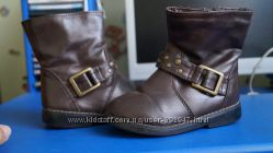 Продам ботиночки-сапожечки для девочки