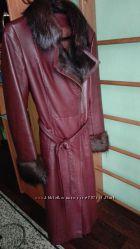 Стильное кожаное пальто-косуха