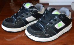 Кросівки на хлопчика, розмір 29, устілка 18 см
