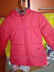 теплая куртка на 4 годика