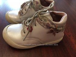 Ботиночки для девочки 22 размер, кожа Du pareil Франция
